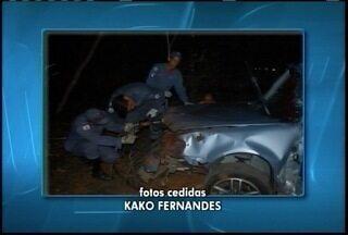 Acidente mata 2 pessoas na rodovia que liga Pirapora e Várzea da Palma - Segundo PRF, motorista tentou desviar de um caminhão que vinha na contramão.