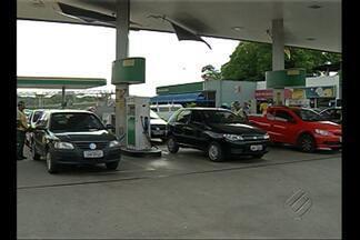 Ação em posto de combustível oferece gasolina mais barata em Belém - Medida visa mostrar ao consumidor a alta carda de impostos cobrados no Brasil.