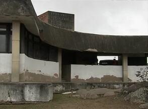 População reclama dos terminais rodoviários de Caruaru e Cachoeirinha - Falta de segurança e de estrutura são os principais problemas.
