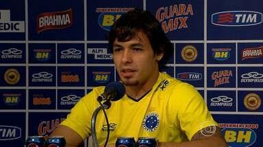 Líder Cruzeiro enfrenta Corinthians neste domingo pelo Brasileirão - Jogo vai ser em SP