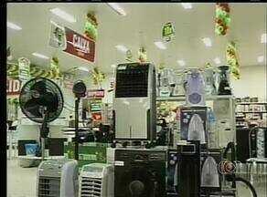 Consumo de ares-condicionados aumenta em preíodo de seca - Consumo de ares-condicionados aumenta em preíodo de seca.