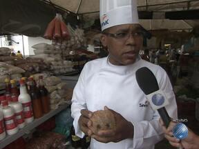 Chefe de cozinha ensina a preparar os pratos do caruru de São Cosme e São Damião - O especialista também dá dicas de como escolher os melhores ingredientes.