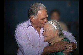 Homem reencontra familiares 60 anos depois em Campina Grande - Emoção tomou conta de todos.