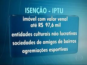 Cerca de 20 mil contribuintes passarão a ser isentos do IPTU em 2014 - De acordo com o projeto da prefeitura, os contribuintes que pagam IPTU devem ter um aumento de até 30%. O total de isentos fica em torno de um milhão.