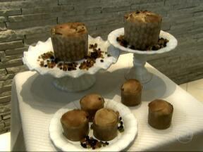 Aprenda receita de panetone - Sugestão é do padeiro Felipe Abraão e rende três unidades. Veja outras receitas do Cozinha Popular.