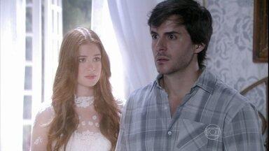Nicole pede para Thales escrever um novo romance - A noiva aparece novamente para o escritor e faz o pedido