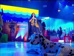 Com arca de noé, Esquenta! faz homenagem ao Dia das Crianças - Regina Casé aproveita e celebra a poesia: 'Vamos comemorar o centenário de Vinícius de Moraes'