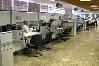 Sistema de informática do Detran sofre pane e paralisa o atendimento, em Goiás - Problema foi causado devido a ocupação de camponeses no prédio da Secretaria da Fazenda (Sefaz).