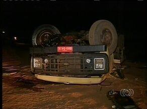 Ministério Público investiga acidente que causou morte de três índios e deixou 56 feridoso - Ministério Público investiga acidente que causou a morte de três índios e deixou 56 feridos