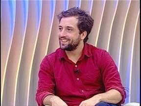 """Gregório Duvivier apresenta """"Uma noite na Lua"""" em Florianópolis - Gregório Duvivier apresenta """"Uma noite na Lua"""" em Florianópolis"""