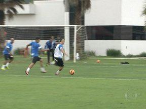 Santos encara o Náutico fora de casa ainda sonhando com o G-4 - Peixe sabe que precisa vencer fora, para continuar sonhando com uma vaga na Libertadores-2014.
