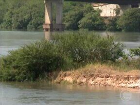 Verbas começam a ser usadas e leitos do Rio Parnaiba são recuperados - Verbas começam a ser usadas e leitos do Rio Parnaiba são recuperados