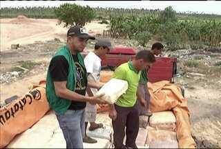 Fiscais da Aged apreenderam mais um caminhão carregado com queijo clandestino - Dessa vez foi num posto fiscal de Santa Inês. O produto transportado de forma irregular seria levado para o Ceará.