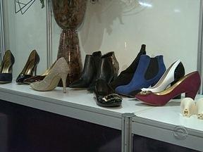 Indústria de calçados aquece a economia de SC - Indústria de calçados aquece a economia de SC ; inovações tecnológicas e criatividade são necessárias no mercado