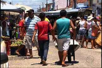 Após condenação pelo Ministério do trabalho crianças ainda trabalham em feiras livres - Após condenação pelo Ministério do trabalho crianças ainda trabalham em feiras livres. Confira.