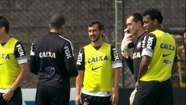 Corinthians enfrenta o Grêmio para manter vivo o sonho da Libertadores - Emerson Sheik não participou do último treino. Walter ganha a vaga de Cássio no gol