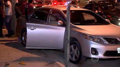 Homem morre e outro fica ferido depois de serem baleados em Contagem - Crimes aconteceram em uma avenida movimentada da cidade.