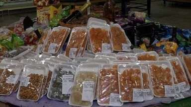 Produtos típicos do fim de ano começam a aparecer nas prateleiras das lojas - A expectativa dos comerciantes é que as vendas cresçam em relação ao ano de 2012