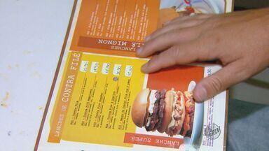 Lei propõe cardápio em braile em bares e restaurantes - Lei propõe cardápio em braile em bares e restaurantes.