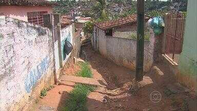 Mãe de seis filhos é assassinada a tiros na Zona Norte do Recife - Polícia informou que o suspeito do crime é o namorado da vítima - um homem que ela havia conhecido na internet há apenas seis meses.