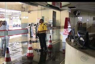 Serviços em Aracaju ficaram prejudicados por conta da chuva - Base do Samu ficou alagada.