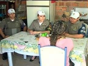 Programa acaba com registro de novas agressões contra a mulher no RS - Em um ano, a chamada Patrulha Maria da Penha, uma iniciativa da Polícia Militar, conseguiu garantir a segurança dessas mulheres em 100% dos casos.