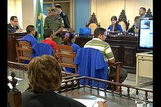 São julgadas em Belém quatro pessoas acusadas do assassinato de funcionária pública - A filha da vítima e o namorado seriam os mandantes do crime, que aconteceu em julho do ano passado.