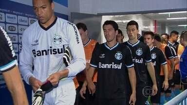 Renato Gaúcho não revela a escalação do Grêmio antes de partida pela Copa do Brasil - Imprensa não tem acesso em nenhuma parte do treino.