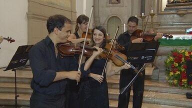 Orquestra Ouro Preto se apresenta em Manaus - Na noite de terça-feira (5), foi a vez dos músicos apresentaram a turnê na capital