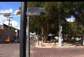 Moradores reclamam das mudanças dos nomes das ruas em Estância - Moradores da cidade de Estância reclamam das muitas mudanças de nomes nas ruas do local.