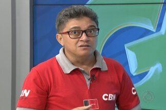 Conheça o dono da voz que narrou o gol do título do Botafogo-PB na Série D - Décio Freire, narrador da CBN, conta como foi narra o momento mais importante da história do Belo.