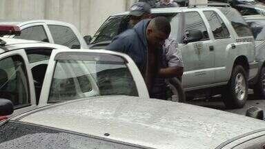 Três homens são presos em flagrante por roubar duas pessoas - Os suspeitos são da Grande São Paulo e foram presos na tarde desta quarta-feira (6).
