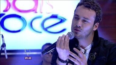 Rodrigo Andrade canta o hit '30 anos' no Mais Você - Música está tocando em todas as rádios do país