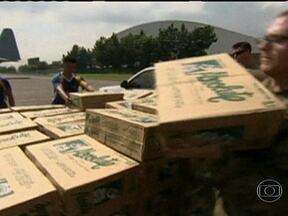 Mais de 20 países oferecerem ajuda para vítimas do tufão nas Filipinas - O Papa Francisco anunciou a doação de US$ 150 mil para as Filipinas, que tem 80% de católicos. No mundo inteiro, organizações humanitárias estão recebendo doações em dinheiro para vítimas do tufão.