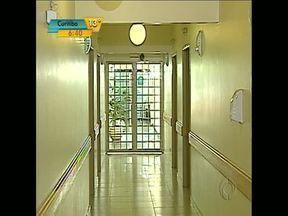 Em Londrina, antigo Hospital da Mulher vai continuar fechado - Pelo voto, médicos de uma cooperativa da cidade desistiram de comprar o hospital de médio porte que fica no centro da cidade
