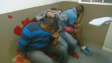 Homem é baleado durante briga em uma boate em Campinas - Um grupo atirou contra um homem na madrugada desta quinta-feira (14) em uma casa noturna no Jardim Londres. Três pessoas foram presas e a arma utilizada no crime foi apreendida.