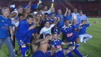 Cruzeiro vence o Campeonato Brasileiro antes do fim do jogo em Salvador - Eles voltaram para o segundo tempo comemorando a vitória
