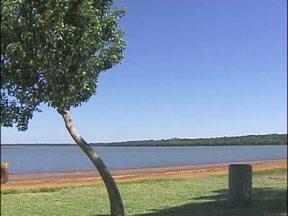 Prainha de Três Lagoas foi reaberta hoje para a temporada de calor - A partir de sábado o local ganha reforço no serviço de guarda vidas.