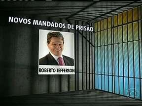 STF deve decretar a prisão de mais sete réus do processo do mensalão - O ministro Joaquim Barbosa, presidente do STF, deve expedir os mandatos de prisão para mais sete condenados no julgamento do mensalão. A lista inclui Roberto Jefferson, o delator do esquema.