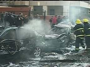 Radicais sunitas reivindicam ataque contra embaixada do Irã no Líbano - As explosões foram nos arredores da embaixada iraniana em Beirute. Um grupo terrorista chamado Brigadas Abdullah Azzam condena o envolvimento dos xiitas do Hezbollah na guerra civil da Síria.