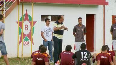 Nedo Xavier não é mais técnico do Boa Esporte - Marcelinho Paraíba também anunciou a saída do clube. Nas duas últimas rodadas da Serie B, time vai ser comandado pelo auxiliar técnico Cesinha.