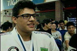 Passo Fundo, RS, tem mais um campeão no Judô - Alexandre Meneguini conquistou o bicampeonato pânamericano em El Salvador.