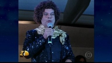 Relembre homenagem de Diogo Vilela a Cauby Peixoto - O cantor se emociona ao relembrar a homenagem recebida em dezembro de 2006