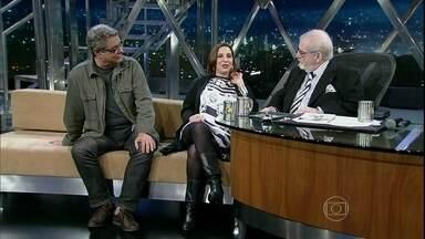 """Bia Nunes e Flávio Marinho falam sobre a comédia 'Academia do Coração' - A atriz interpreta uma médica """"durona"""" na peça, que foi inspirada na experiência pessoal de Flávio em 2010, quando atravessou um grave problema cardíaco"""