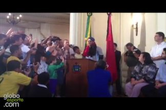 Hulk comenta conquista da Copa das Confederações - Atacante festejou o título ña Paraíba, sua terra natal.