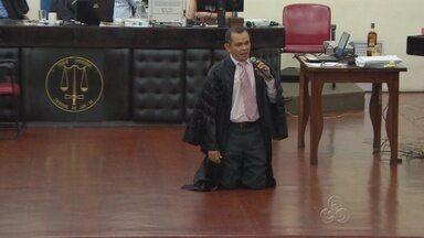 No caso Belota, embate entre defesa e acusação ocorreu durante a madrugada de sexta (22) - Julgamento ocorreu durante mais de 21 horas, em Manaus.