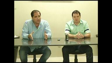 Voltaço apresenta treinador Tarcísio Pugliese - Ele vai comandar a equipe no Campeonato Carioca, que começa em janeiro.