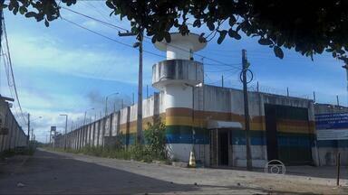 Adolescentes da Funase fazem rebelião na unidade de Abreu e Lima, PE - Internos chegaram a tocar fogo em duas salas.