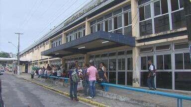 Funcionários do Hospital Oswaldo Cruz, no Recife, fazem paralisação de advertência - Mobilização de 24 horas foi por melhores condições de trabalho.