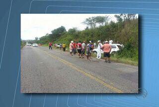 Acidente causa a morte de um homem em uma rodovia na região Centro Sul do Estado - Acidente causa a morte de um homem em uma rodovia na região Centro Sul do Estado
